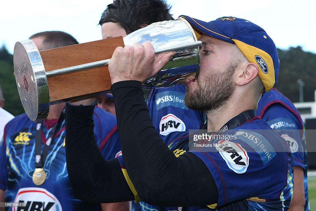 Captain Derek de Boorder of Otago celebrates winning the HRV T20 Final match between the Otago Volts and the Wellington Firebirds at University Oval on January 20, 2013 in Dunedin, New Zealand.