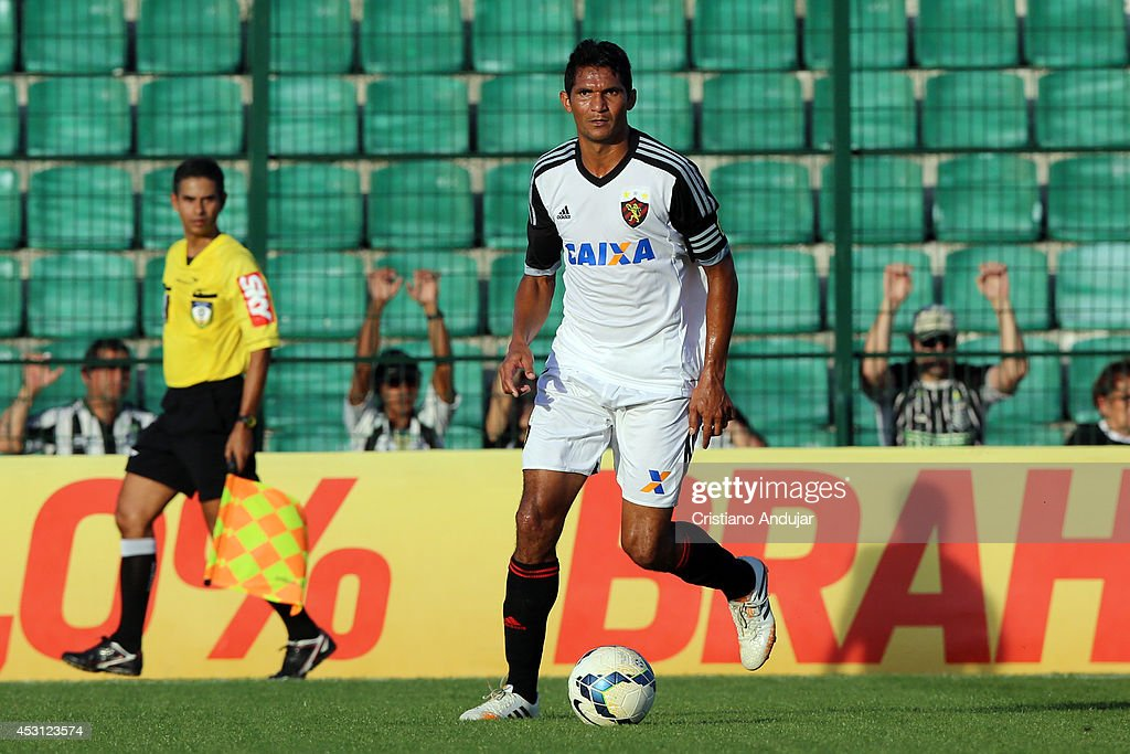 Captain Durval #4 Sport in action during a match between Figueirense and Sport as part of Campeonato Brasileiro 2014 at Orlando Scarpelli Stadium on August 3, 2014 in Florianopolis, Brazil