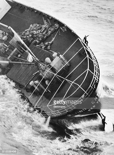 Captain Henrik Kurt Carlsen is standing alone on his battered cargo ship 'The Flying Enterprise' staking his courage and faith against the worst...