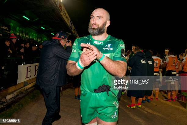 Captain John Muldoon of Connacht thanks his fans during the Guinness PRO14 Round 8 rugby match between Connacht Rugby and Toyota Cheetahs at the...