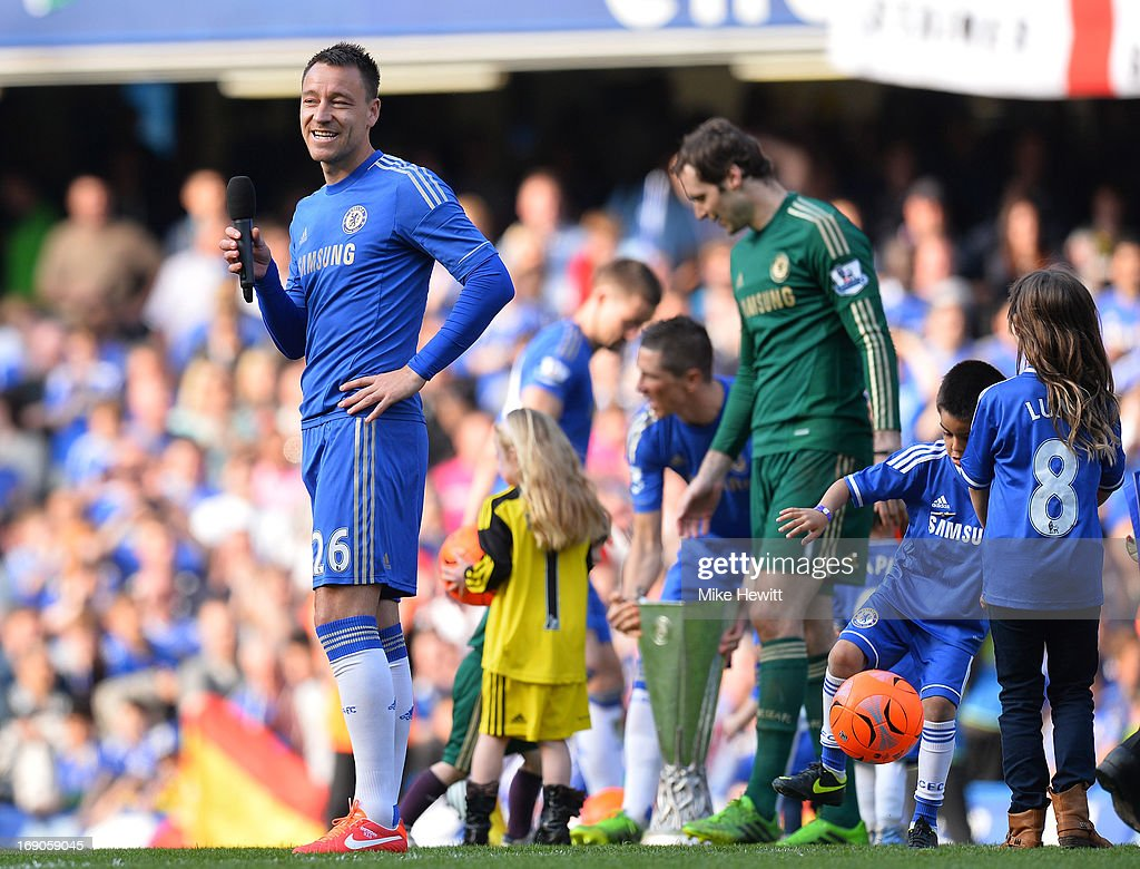 Captain <a gi-track='captionPersonalityLinkClicked' href=/galleries/search?phrase=John+Terry&family=editorial&specificpeople=171535 ng-click='$event.stopPropagation()'>John Terry</a> of Chelsea speaks to the fans after the Barclays Premier League match between Chelsea and Everton at Stamford Bridge on May 19, 2013 in London, England.