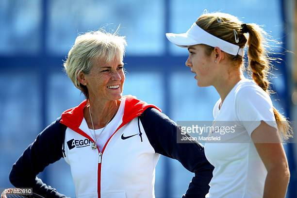 Captain Judy Murray talks with Katie Swan of Great Britain during a practice seesion ahead of the start of the start of the Fed Cup at the Municipal...