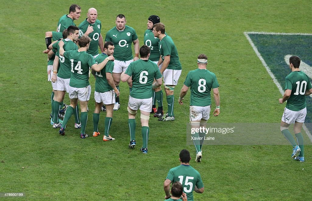 Captain Paul O'Connell and team-mates during the RBS 6 Nations match between France and Ireland at Stade de France on march 15, 2014 in Paris, France.