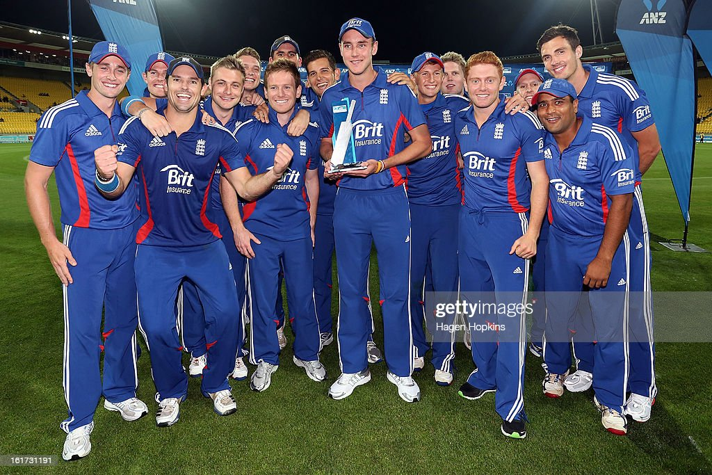 Captain <a gi-track='captionPersonalityLinkClicked' href=/galleries/search?phrase=Stuart+Broad&family=editorial&specificpeople=574360 ng-click='$event.stopPropagation()'>Stuart Broad</a> of England holds the series trophy at the conclusion of the third Twenty20 International match between New Zealand and England at Westpac Stadium on February 15, 2013 in Wellington, New Zealand.