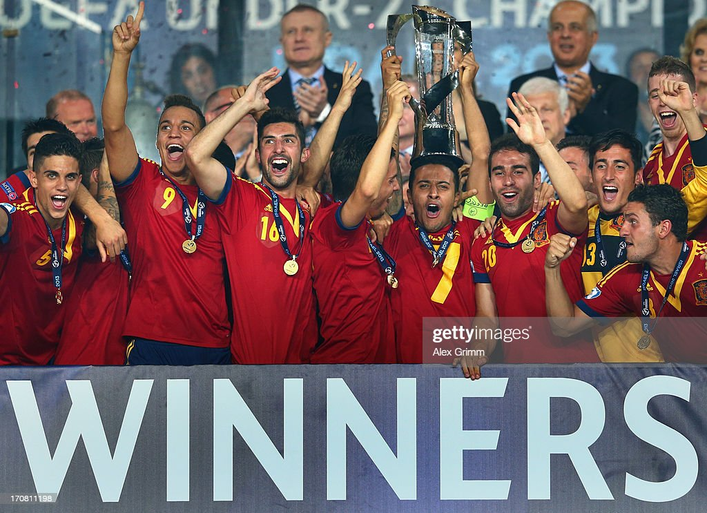 Captain Thiago Alcantara of Spain lifts the trophy after winning the UEFA European U21 Championship final match against Italy at Teddy Stadium on June 18, 2013 in Jerusalem, Israel.