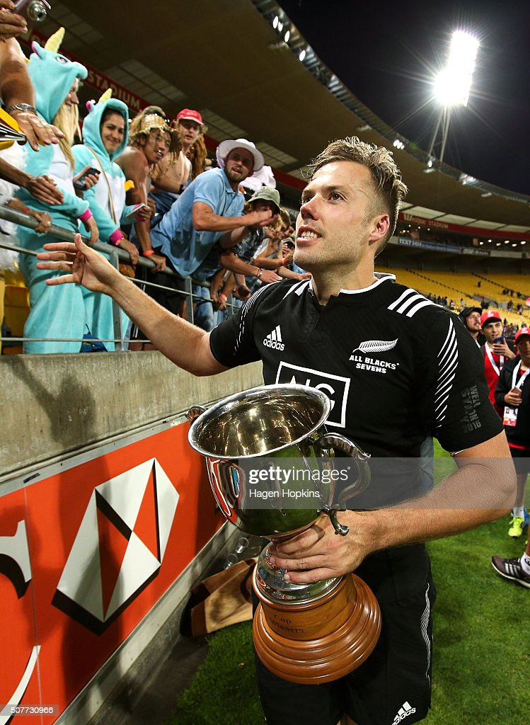 Captain <a gi-track='captionPersonalityLinkClicked' href=/galleries/search?phrase=Tim+Mikkelson&family=editorial&specificpeople=5366047 ng-click='$event.stopPropagation()'>Tim Mikkelson</a> of New Zealand celebrates after winning the 2016 Wellington Sevens cup final match between New Zealand and South Africa at Westpac Stadium on January 31, 2016 in Wellington, New Zealand.