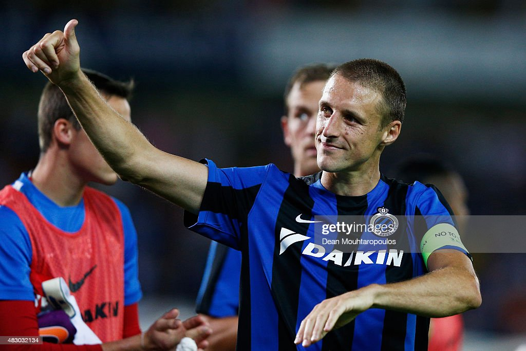Captain, <a gi-track='captionPersonalityLinkClicked' href=/galleries/search?phrase=Timmy+Simons&family=editorial&specificpeople=794114 ng-click='$event.stopPropagation()'>Timmy Simons</a> of Club Brugge thanks the fans after victory in the third qualifying round 2nd Leg UEFA Champions League match between Club Brugge and Panathinaikos held at Jan Breydel Stadium on August 5, 2015 in Brugge, Belgium.