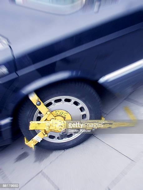 Car boot on wheel