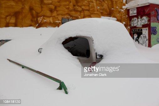 Car under Snow : Stock Photo