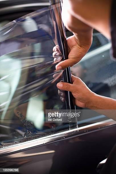 Fenêtre de la voiture et coloration