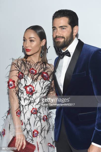 Cara Santana O and Jesse Metcalfe at amfAR Los Angeles 2017 at Ron Burkle's Green Acres Estate on October 13 2017 in Beverly Hills Californi