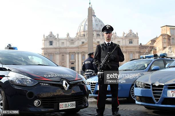 Carabinieri and a policeman patrol in front St Peter's Square on November 15 2015 in Vatican City Vatican After FridayÕs terror attacks in Paris...