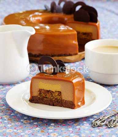 Caramel coffee cake in the mirror glaze stock photo for Glacage miroir caramel