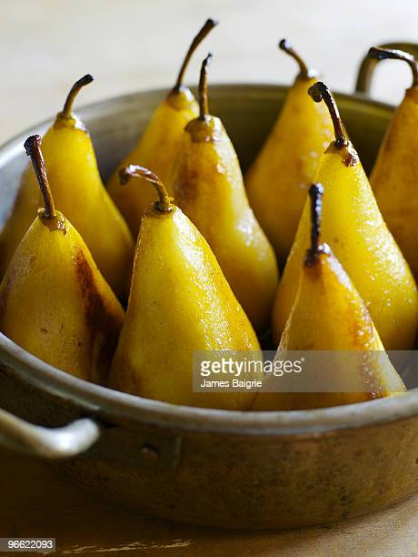 Caramelized pears in pan