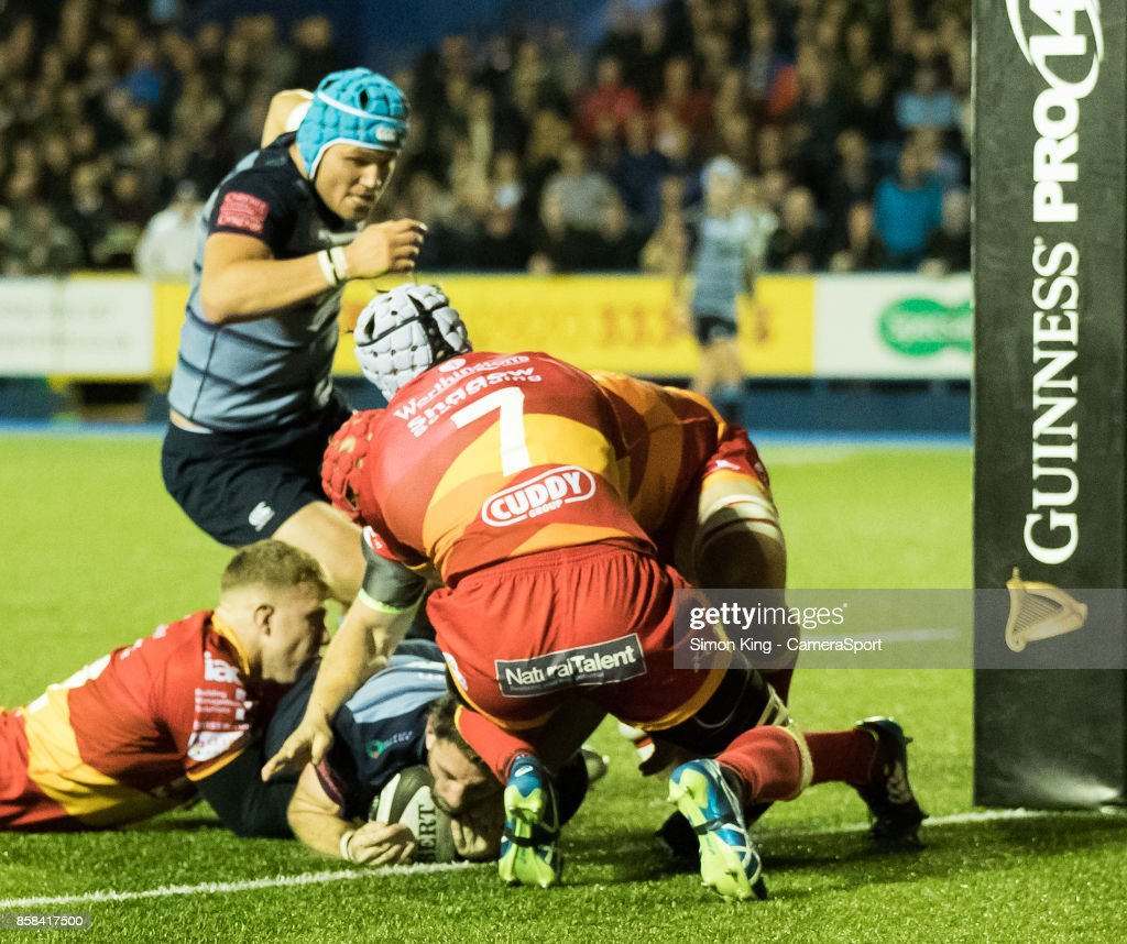 Cardiff Blues' Alex Cuthbert scores his sides third try during the Guinness Pro14 Round 6 match between Cardiff Blues and Dragons on October 6, 2017 at Cardiff Arms Park in Cardiff, Wales.