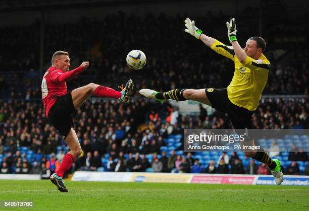 Cardiff City's Craig Bellamy beats Leeds United goalkeeper Paddy Kenny but sees his goal disallowed during the npower Football League Championship...