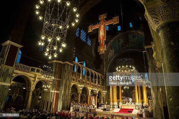 Cardinal Nichols at the altar during the Easter Mass of the Lord's Supper in Westminster Cathedral on April 17 2014 in London England Archbishop of...