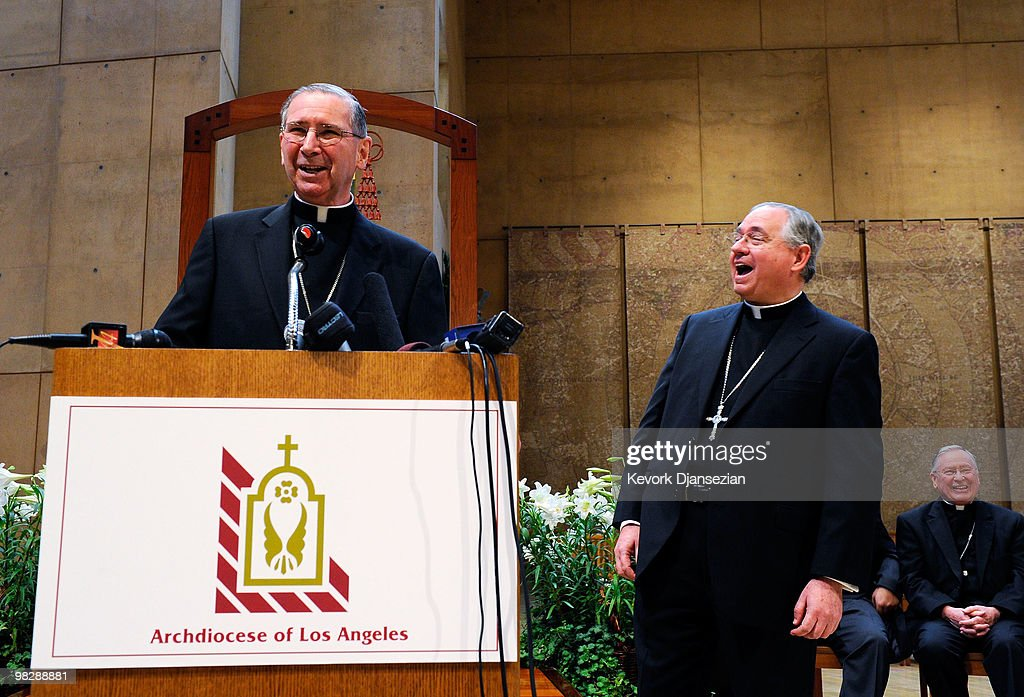 Cardinal <a gi-track='captionPersonalityLinkClicked' href=/galleries/search?phrase=Roger+Mahony&family=editorial&specificpeople=664416 ng-click='$event.stopPropagation()'>Roger Mahony</a> (L) laughs with his successor, San Antonio, Texas Archbishop Jose Gomez (C), at a news conference at the Cathedral of Our Lady of the Angels on April 6, 2010 in Los Angeles, California. Gomez, 58, will take over the archdiocese of Los Angeles when Cardinal Mahoney retires.