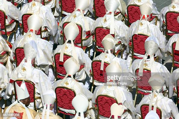 Cardinals and bishops attend the holy mass for the closing of Extraordinary Synod held by Pope Francis at St Peter's Square on October 19 2014 in...