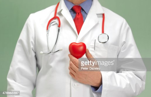 Cardiographer check up for healthy heart