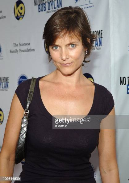 Carey Lowell Stock Photos and Pictures | Getty Images