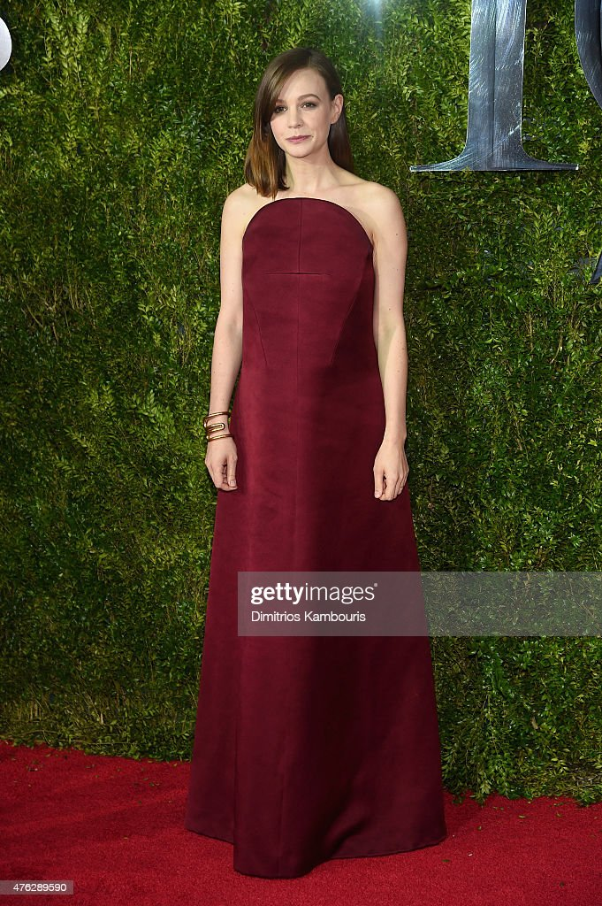 <a gi-track='captionPersonalityLinkClicked' href=/galleries/search?phrase=Carey+Mulligan&family=editorial&specificpeople=2262681 ng-click='$event.stopPropagation()'>Carey Mulligan</a> attends the 2015 Tony Awards at Radio City Music Hall on June 7, 2015 in New York City.