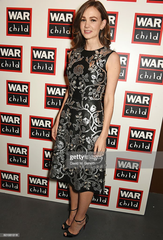 <a gi-track='captionPersonalityLinkClicked' href=/galleries/search?phrase=Carey+Mulligan&family=editorial&specificpeople=2262681 ng-click='$event.stopPropagation()'>Carey Mulligan</a> attends The War Child Winter Wassail curated by <a gi-track='captionPersonalityLinkClicked' href=/galleries/search?phrase=Carey+Mulligan&family=editorial&specificpeople=2262681 ng-click='$event.stopPropagation()'>Carey Mulligan</a> and Marcus Mumford at One Mayfair on December 15, 2015 in London, England.
