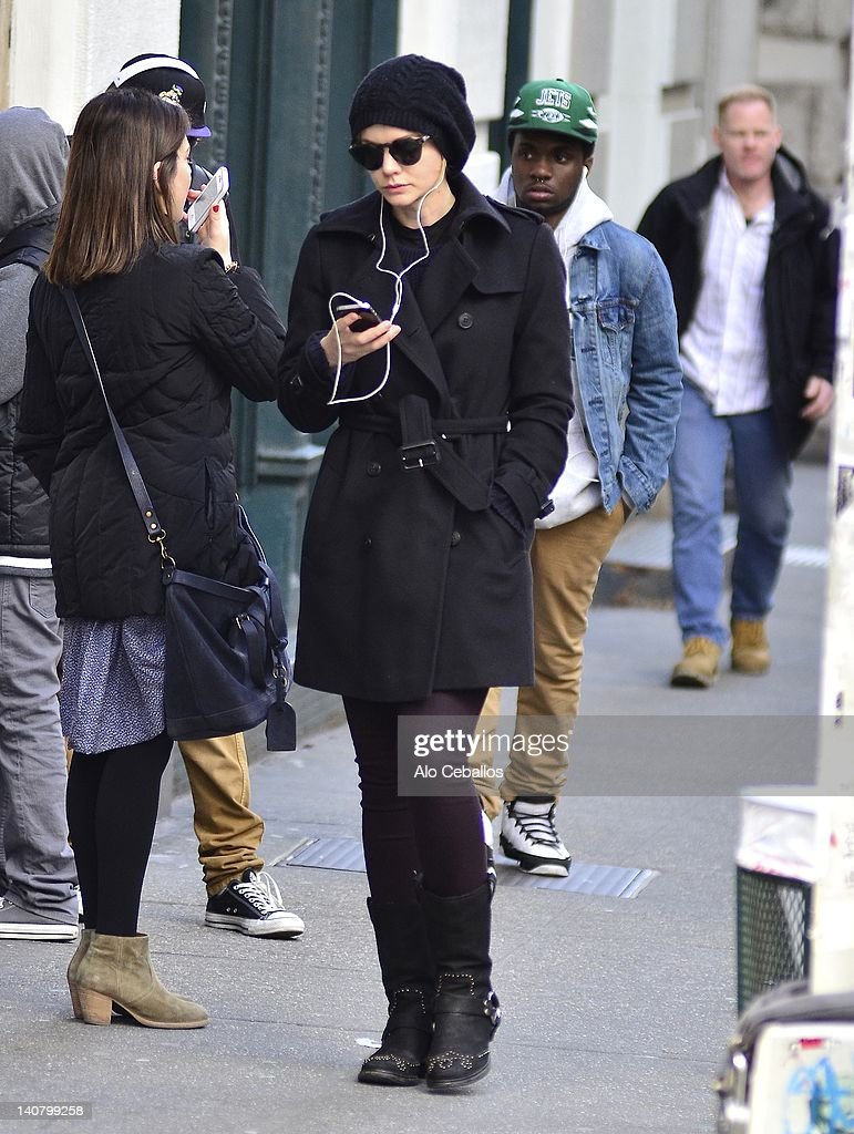 <a gi-track='captionPersonalityLinkClicked' href=/galleries/search?phrase=Carey+Mulligan&family=editorial&specificpeople=2262681 ng-click='$event.stopPropagation()'>Carey Mulligan</a> sighting on the streets of Manhattan on March 6, 2012 in New York City.