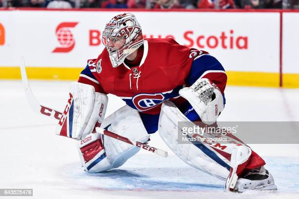 Carey Price of the Montreal Canadiens gets into position during the NHL game against the Winnipeg Jets at the Bell Centre on February 18 2017 in...