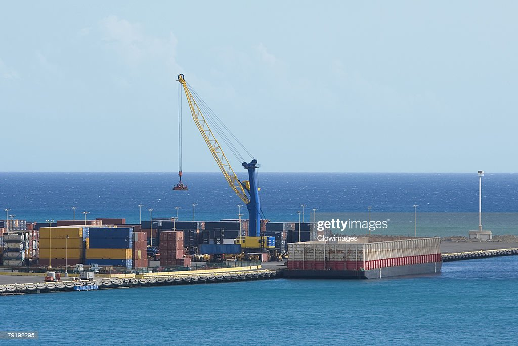 Cargo containers at a commercial dock, Honolulu, Oahu, Hawaii Islands, USA : Stock Photo