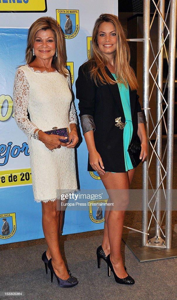Cari Lapique and Carla Goyanes attend the charity dinner to commemorate 'Mensajeros de la Paz' 50th anniversary at Palacio de Congresos on October 2...