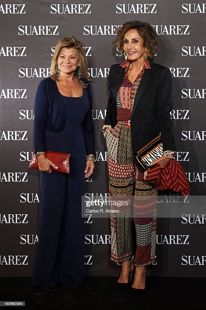 Cari Lapique (L) and Nati Abascal (R) attend the new Suarez Jewelry Boutique on October 14, 2015 in Madrid, Spain.