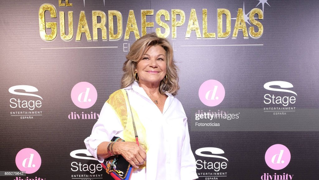 Cari Lapique attends the 'El Guardaespaldas' musical premiere at the Coliseum Theater on September 28, 2017 in Madrid, Spain.