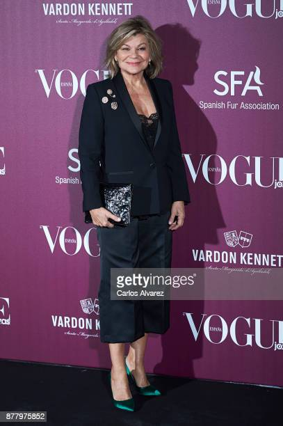 Cari Lapique attends the 'Vogue Joyas' awards 2017 at the Santona Palace on November 23 2017 in Madrid Spain