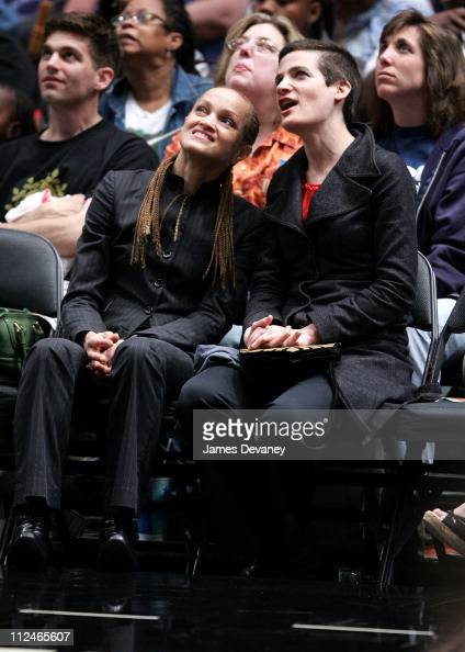 Cari Modine and guest during Celebrities Attend Los Angeles Sparks vs New York Liberty Game June 3 2006 at Madison Square Garden in New York City New...