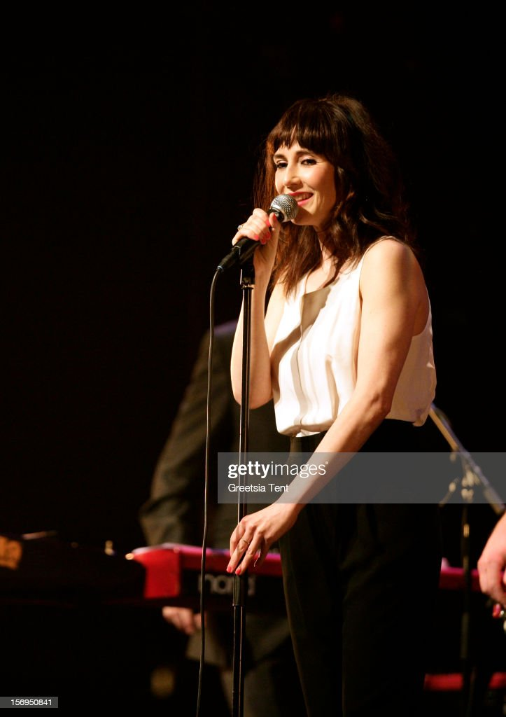 <a gi-track='captionPersonalityLinkClicked' href=/galleries/search?phrase=Carice+van+Houten&family=editorial&specificpeople=2641238 ng-click='$event.stopPropagation()'>Carice van Houten</a> performs supporting Rufus Wainwright at the Heineken Music Hall on November 25, 2012 in Amsterdam, Netherlands.