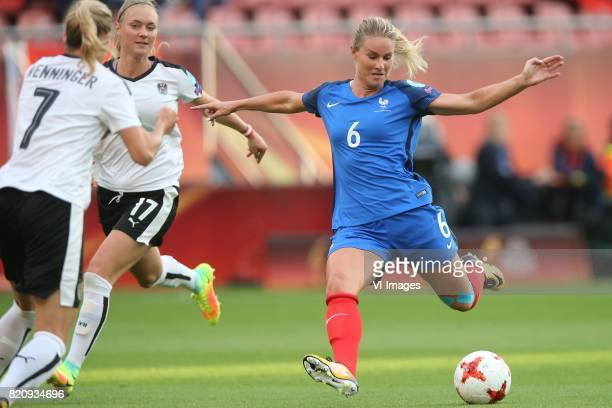 Carina Wenninger of Austria women Sarah Puntigam of Austria women Amandine Henry of France women during the UEFA WEURO 2017 Group C group stage match...