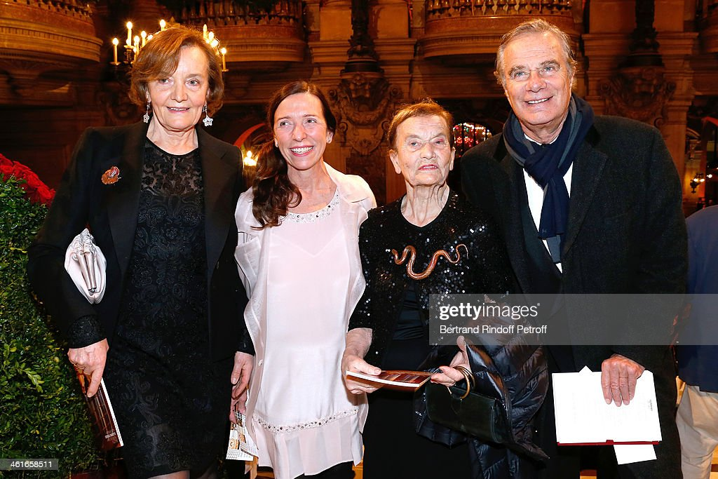 Carine Hanisky, Dorothee Lalanne, her mother Contemporary Artiste Claude Lalanne and Jean-Gabriel Mitterrand attend Arop Charity Gala with 'Ballet du Theatre Bolchoi'. Held at Opera Garnier on January 9, 2014 in Paris, France.