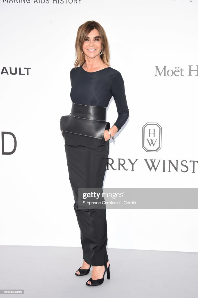 Carine Roitfeld arrives at the amfAR Gala Cannes 2017 at Hotel du Cap-Eden-Roc on May 25, 2017 in Cap d'Antibes, France.
