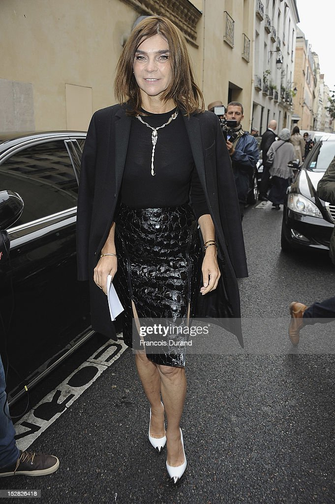 Carine Roitfeld arrives at the Balmain Spring / Summer 2013 show as part of Paris Fashion Week at Grand Hotel Intercontinental on September 27, 2012 in Paris, France.