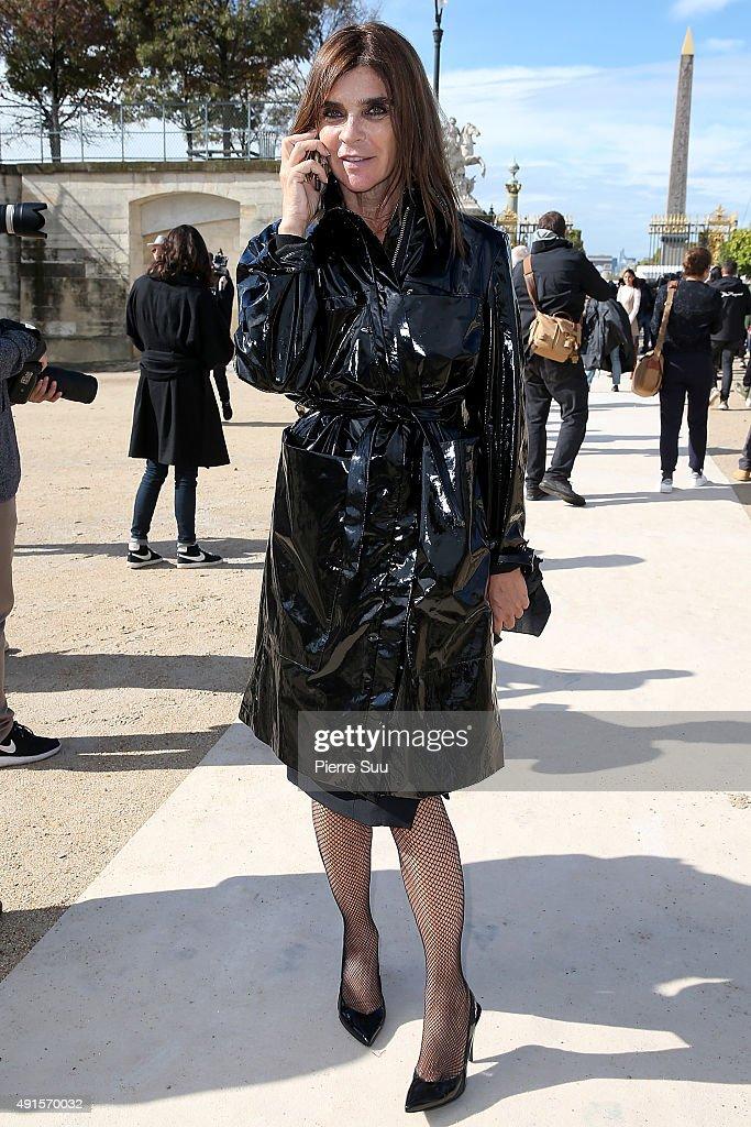 Valentino : Outside Arrivals - Paris Fashion Week Womenswear Spring/Summer 2016