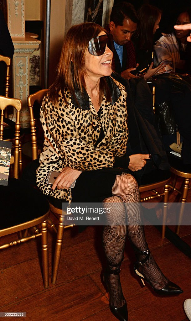 <a gi-track='captionPersonalityLinkClicked' href=/galleries/search?phrase=Carine+Roitfeld&family=editorial&specificpeople=240177 ng-click='$event.stopPropagation()'>Carine Roitfeld</a> attends as Christian Dior showcases its spring summer 2017 cruise collection at Blenheim Palace on May 31, 2016 in Woodstock, England.