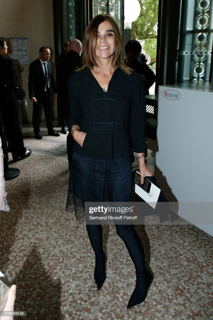 Carine Roitfeld attends the Chanel Cruise 2017/2018 Collection Show at Grand Palais on May 3, 2017 in Paris, France.