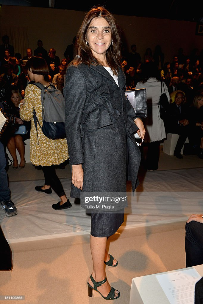 <a gi-track='captionPersonalityLinkClicked' href=/galleries/search?phrase=Carine+Roitfeld&family=editorial&specificpeople=240177 ng-click='$event.stopPropagation()'>Carine Roitfeld</a> attends the Max Mara show as a part of Milan Fashion Week Womenswear Spring/Summer 2014 on September 19, 2013 in Milan, Italy.