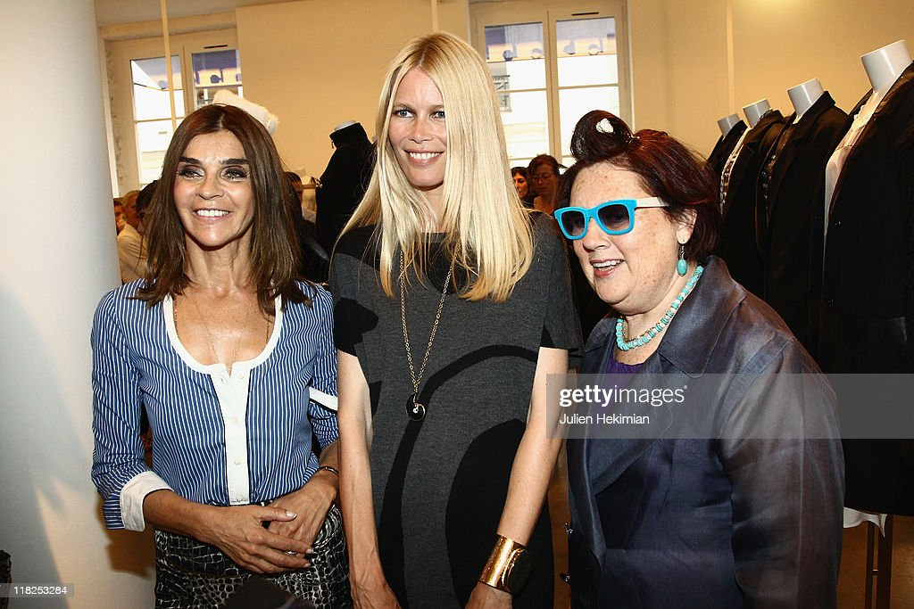<a gi-track='captionPersonalityLinkClicked' href=/galleries/search?phrase=Carine+Roitfeld&family=editorial&specificpeople=240177 ng-click='$event.stopPropagation()'>Carine Roitfeld</a>, <a gi-track='captionPersonalityLinkClicked' href=/galleries/search?phrase=Claudia+Schiffer&family=editorial&specificpeople=202102 ng-click='$event.stopPropagation()'>Claudia Schiffer</a> and <a gi-track='captionPersonalityLinkClicked' href=/galleries/search?phrase=Suzy+Menkes&family=editorial&specificpeople=816435 ng-click='$event.stopPropagation()'>Suzy Menkes</a> attend the cocktail for the launch of <a gi-track='captionPersonalityLinkClicked' href=/galleries/search?phrase=Claudia+Schiffer&family=editorial&specificpeople=202102 ng-click='$event.stopPropagation()'>Claudia Schiffer</a> cashmere collection at Colette on July 5, 2011 in Paris, France.