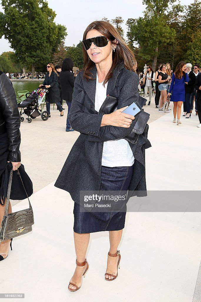 <a gi-track='captionPersonalityLinkClicked' href=/galleries/search?phrase=Carine+Roitfeld&family=editorial&specificpeople=240177 ng-click='$event.stopPropagation()'>Carine Roitfeld</a> leaves the Nina Ricci show as part of the Paris Fashion Week Womenswear Spring/Summer 2014 on September 26, 2013 in Paris, France.