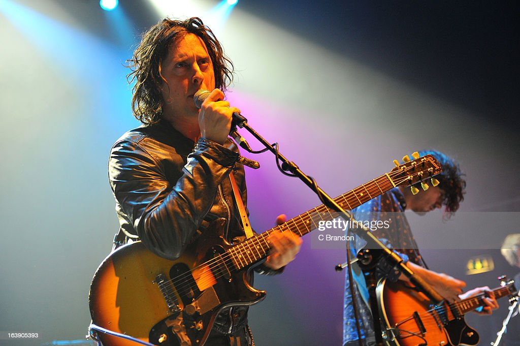 <a gi-track='captionPersonalityLinkClicked' href=/galleries/search?phrase=Carl+Barat&family=editorial&specificpeople=573150 ng-click='$event.stopPropagation()'>Carl Barat</a> performs on stage at O2 Shepherd's Bush Empire on March 17, 2013 in London, England.