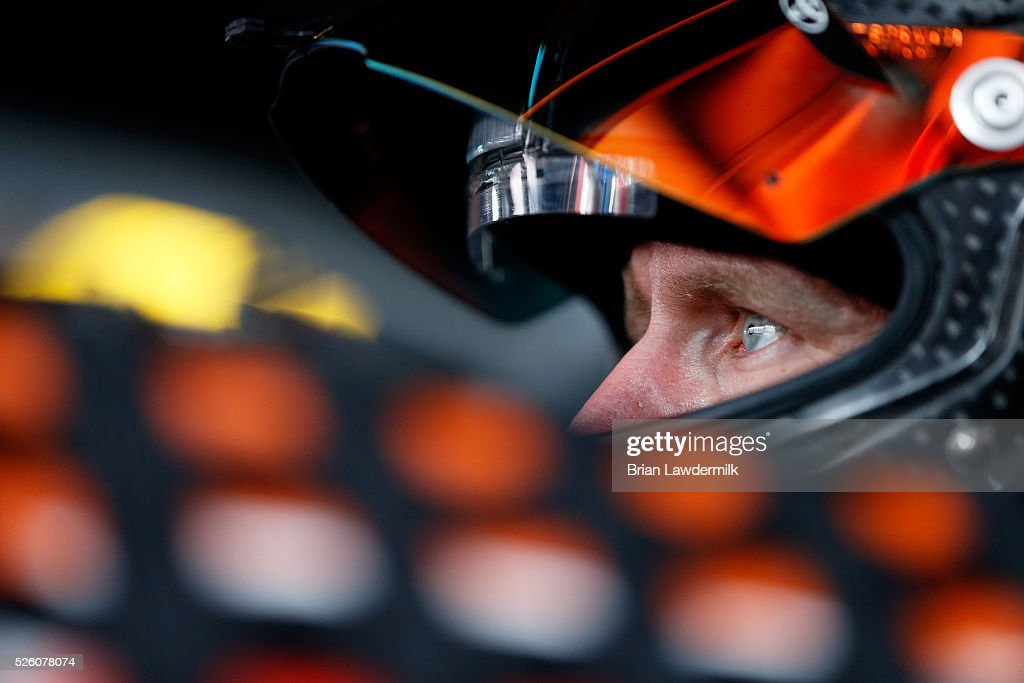 <a gi-track='captionPersonalityLinkClicked' href=/galleries/search?phrase=Carl+Edwards&family=editorial&specificpeople=193803 ng-click='$event.stopPropagation()'>Carl Edwards</a>, driver of the #19 ARRIS Toyota, sits in his car during practice for the NASCAR Sprint Cup Series GEICO 500 at Talladega Superspeedway on April 29, 2016 in Talladega, Alabama.