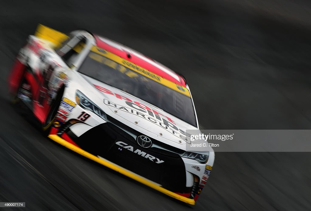 <a gi-track='captionPersonalityLinkClicked' href=/galleries/search?phrase=Carl+Edwards&family=editorial&specificpeople=193803 ng-click='$event.stopPropagation()'>Carl Edwards</a>, driver of the #19 Sport Clips Toyota, practices for the NASCAR Sprint Cup Series Sylvania 300 at New Hampshire Motor Speedway on September 25, 2015 in Loudon, New Hampshire.