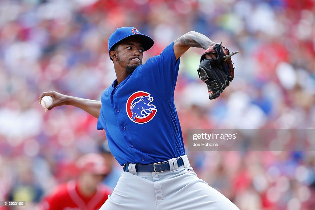 Carl Edwards Jr. #6 of the Chicago Cubs pitches against the Cincinnati Reds in the ninth inning at Great American Ball Park on June 29, 2016 in Cincinnati, Ohio. The Cubs defeated the Reds 9-2.